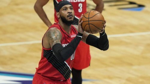 Lakers reportedly have interest in Carmelo Anthony