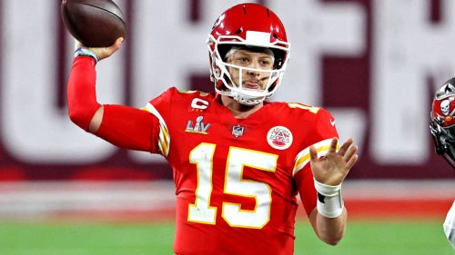 Patrick Mahomes on sharing 'Madden 22' cover with Tom Brady: 'It was a mutual respect type of thing'