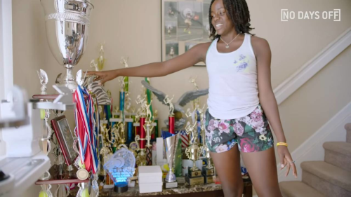 14-year-old tennis prodigy Akasha Urhobo wows in new 'No Days Off' episode