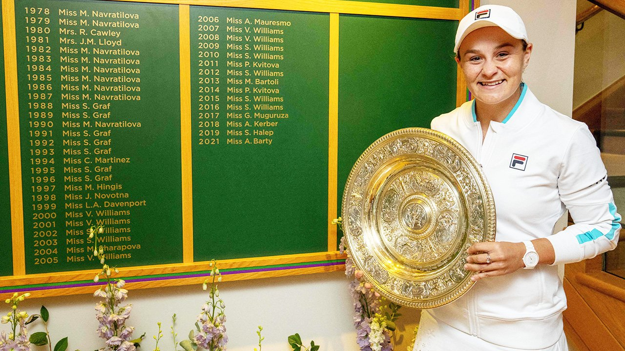 Fan fury after spotting detail in photo of Ash Barty at Wimbledon