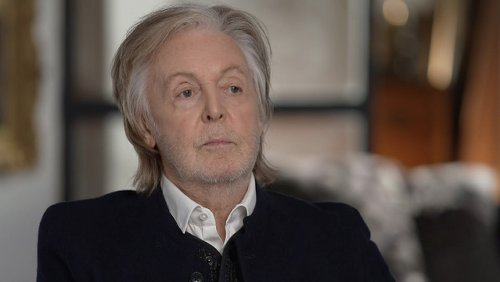 "Paul McCartney calls Queen Elizabeth ""down to Earth"""