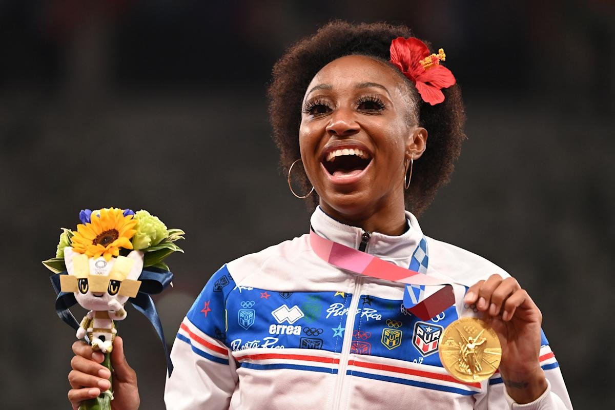 Her name is Jasmine Camacho-Quinn. Stop reducing her and other female athletes to relatives of men