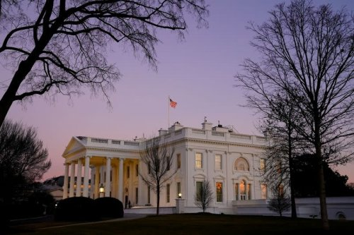 Exclusive-White House backs plan for renewable energy industry tax partnerships