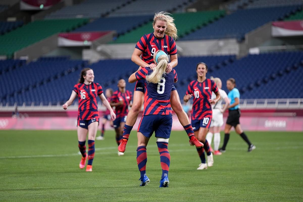 USWNT rebounds with 6-1 win over New Zealand, all but seals berth in Olympic knockout stage