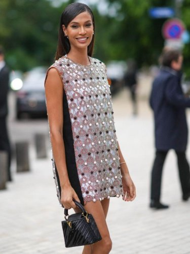 From Anna Wintour to Joan Smalls: The Best Street Style at Paris Fashion Week