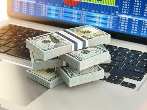 Should Value Investors Pick AGNC Investment (AGNC) Stock?