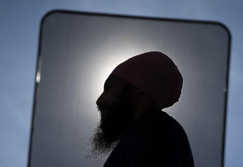 Singh vows to get tough on billionaire tax evaders