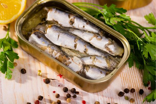 Eating two tins of sardines a week wards off type 2 diabetes, study suggests