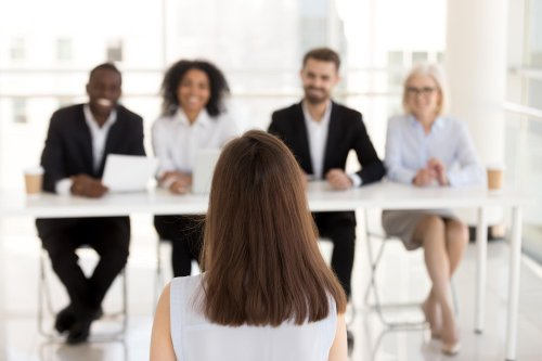 5 things you must do to stand out in an interview