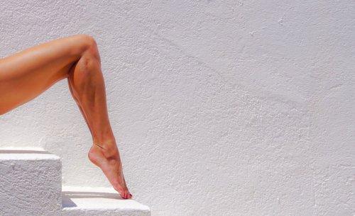 8 Yoga Poses to Stretch Tight Calves