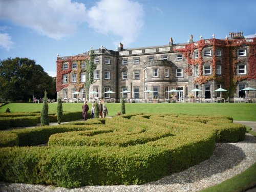 Harrogate's Nidd Hall Hotel has 24 jobs up for grabs - with perks including gym and spa access