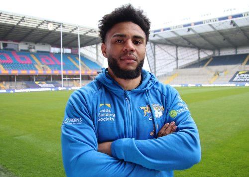 Kyle Eastmond and Levi Edwards set to make their Leeds Rhinos debuts against Wigan Warriors