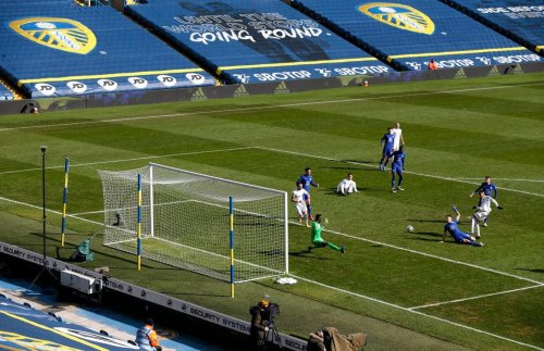 Leeds United tipped to seal big summer reunion, £14.5m midfielder linked