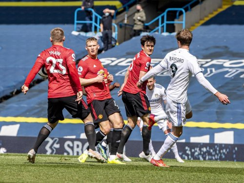 Jimmy Floyd Hasselbaink raises 'more important' issue over Leeds United penalty appeal against Manchester United