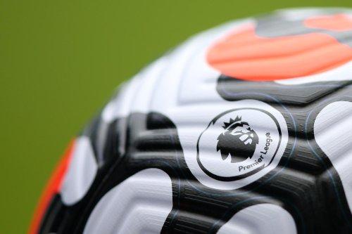 Leeds United transfer rumours: Whites among front-runners to land £15m Chelsea man, Man Utd target turns down new deal
