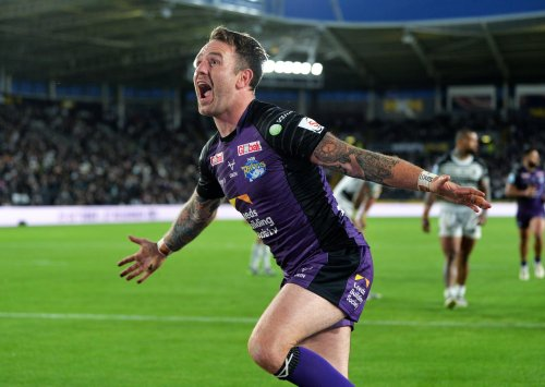 """It was a """"game of two halves"""" from Leeds Rhinos at Hull FC admits Richard Agar"""