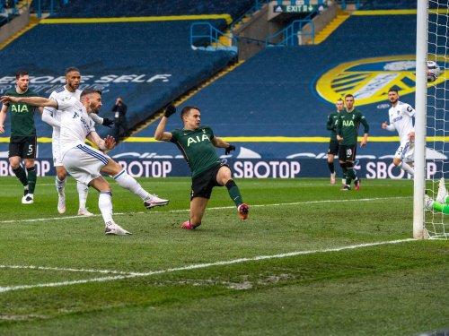 'Nice' - Stuart Dallas salutes slice of welcome Leeds United 'luck' against Tottenham