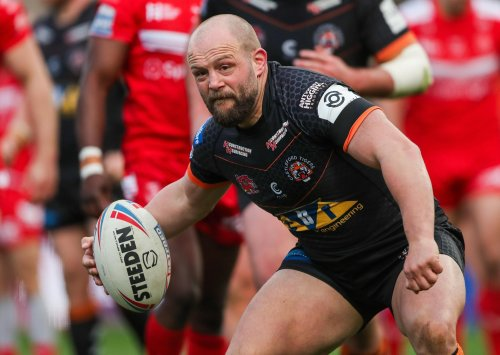 Leeds Rhinos and Salford match 'may move to Sunday' to help cope with international demands