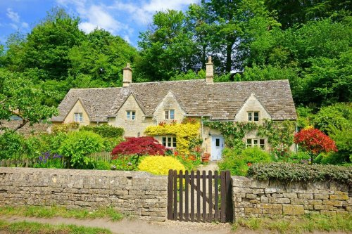 Which? finds cost of the same holiday cottage can vary by hundreds of pounds depending on booking site