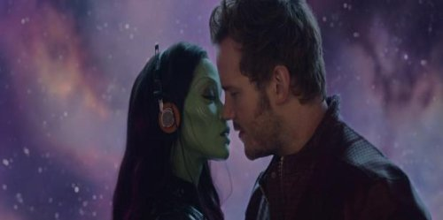 17 Super Dysfunctional Superhero Couples