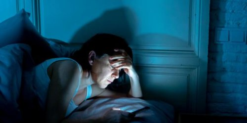 Why So Many People Wake Up For An Hour In The Middle Of The Night... On Purpose