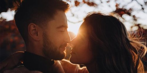The Two Types Of People In Relationships (And How They Affect Each Other)