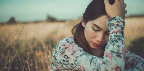 7 Things People Don't Realize You're Doing Because You're Afraid Of Heartbreak