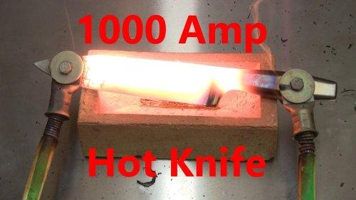 Un experimento loco para ver qué sucede cuando se hacen pasar 1.000 amperios a través de un cuchillo de acero inoxidable