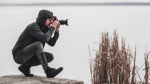 Stop taking the same boring photos! Shooting & thinking differently.