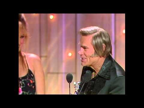 """ACM Awards 1981: George Jones Hilariously Thanks His """"Ex-Wife & New Husband-In-Law"""" After Winning Top Male Vocalist"""