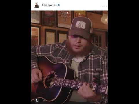 Garth Brooks Says He Would Like To Do A Duet With Luke Combs