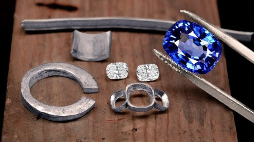 Making a HUGE 5 Carat Sapphire Ring by Hand – STUNNING!