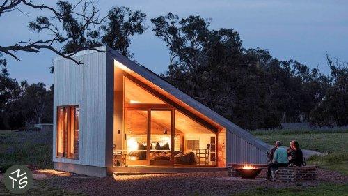 NEVER TOO SMALL 40sqm/430sqft Tiny Cabin - Gawthorne's Hut