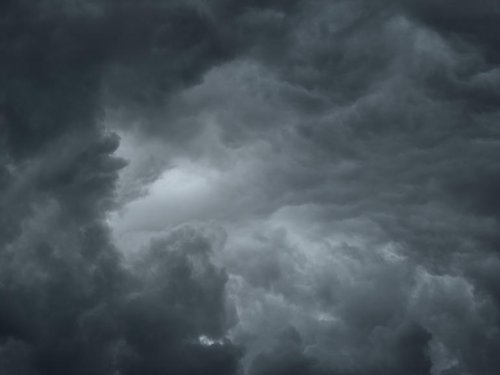 Extreme weather forecast? Essential gear for when the power goes out   ZDNet