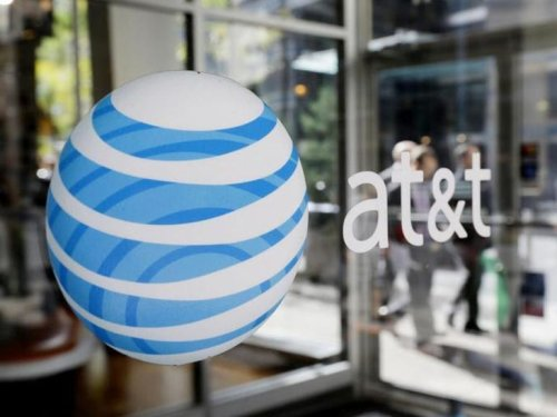 AT&T says it has big problems. A T-Mobile salesman showed me how big