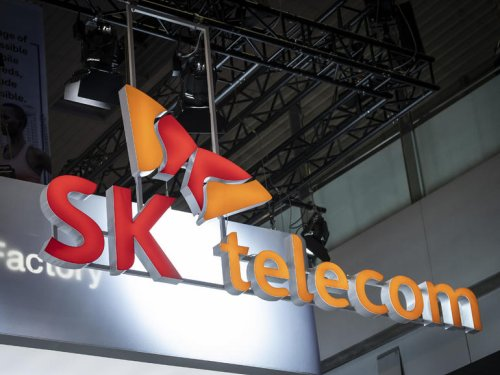 SK Telecom to split to form separate telco business and holding company | ZDNet