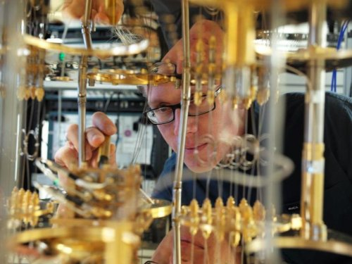 Quantum computers are coming. Get ready for them to change everything | ZDNet