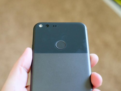 He thought iPhone users were stupid. Then his Google Pixel stopped working | ZDNet