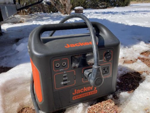 An Upgraded Jackery Solar Generator: 1500 watts for powering life on the go Review | ZDNet