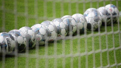 Fußball: Eintracht plant mit 7800 Zuschauern bei Heimspielen