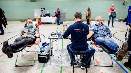 Blutspenden-Aufruf: Blutkonserven werden nach Hochwasserkatastrophe knapp