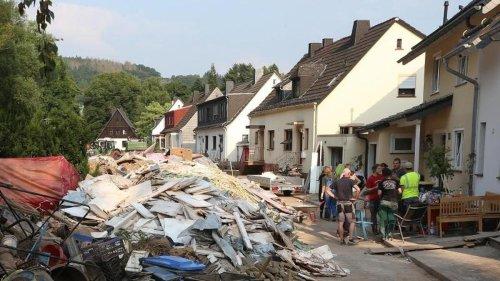 Landtag: Reul beklagt Diebe und Schaulustige in Flutkatastrophe