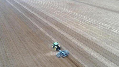 Landwirtschaft: Pro Tag Flächenverlust von 27 Fußballfeldern