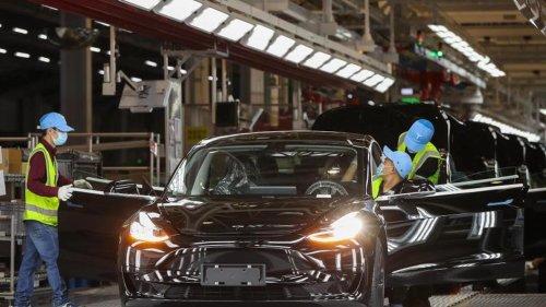 Elektromobilität: Tesla: Erstmals über eine Milliarde Dollar Quartalsgewinn