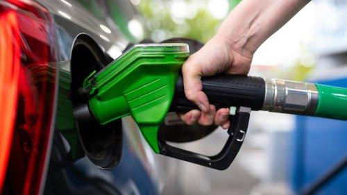 Dieselpreise: Warum ist der Sprit so teuer?