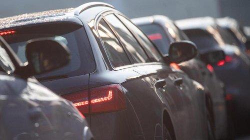 Verkehr: Riesiger Lkw-Stau zwischen Münchner Süden und Österreich