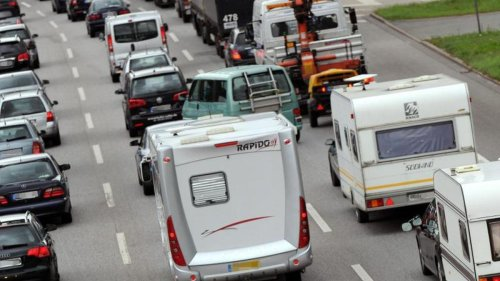 Rückkehr der Staus: Wie voll wird es jetzt auf den Autobahnen?