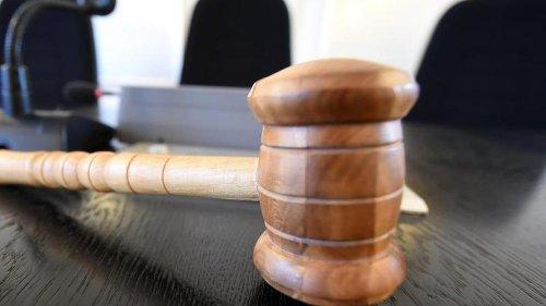 Mordkomplott aus Habgier: Frauen und Männer vor Gericht