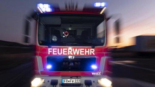 Unfälle: Lkw brennt auf A1: Autobahn stundenlang gesperrt