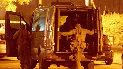 Großeinsatz: Nach Waffenfund: Polizei-Großeinsatz in Düsseldorfer Hotel